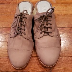 1.state shoes